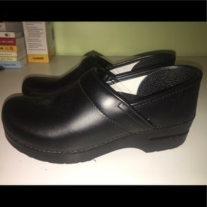 DANSKO Black Clogs